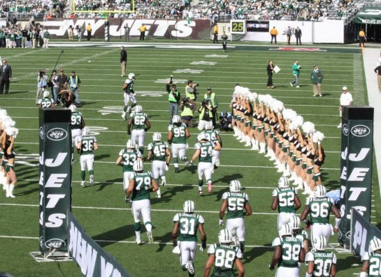 New York Jets players entrance cheerleaders