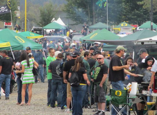 Oregon Ducks barbecue tailgate party