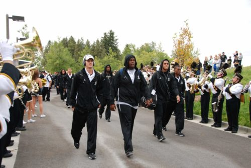 Idaho Vandals football team walk