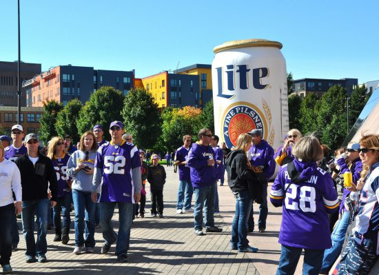 tailgaters at Miller Lite Vikings Pre Game Party