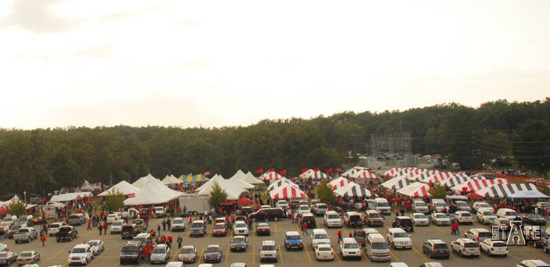 Arkansas State Red Wolves tailgating at parking lot