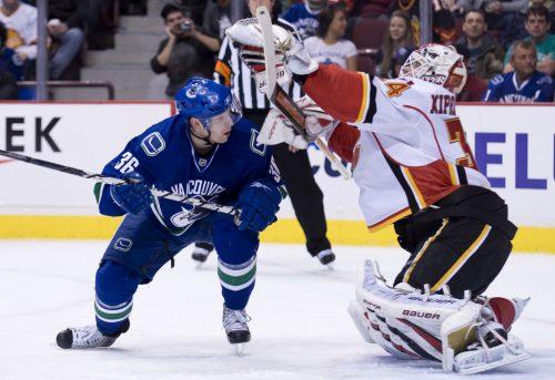 Calgary Flames vs Vancouver Canucks game