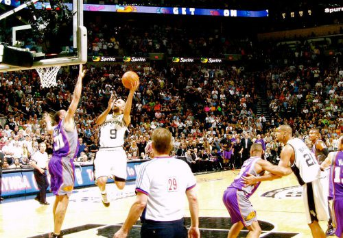 San Antonio Spurs vs Phoenix Suns game