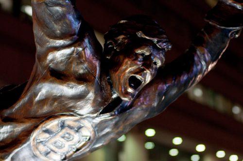 Bobby Orr Statue TD Garden