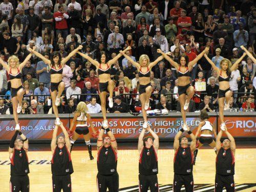 Portland Trail Blazers dancers stunt team