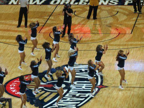 New Orleans Pelicans dancers