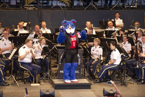 Philadelphia Seventy sixers mascot Franklin Concert Band