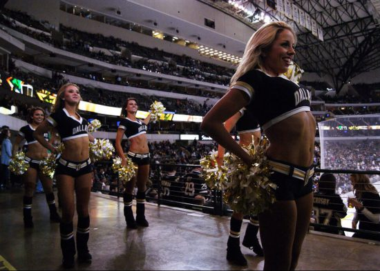 Pittsburgh Penguins ice girls