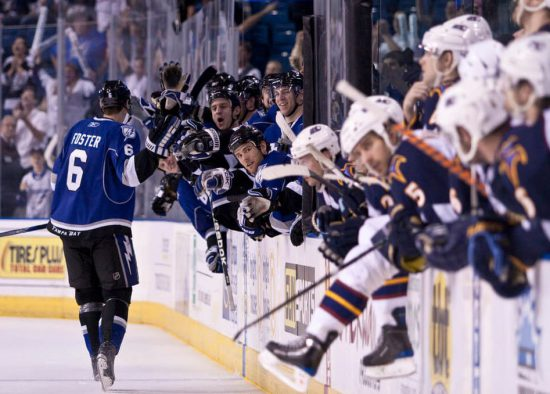 Tampa Bay Lightning team at bench