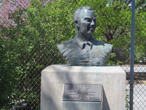 Delaware Legendary busts