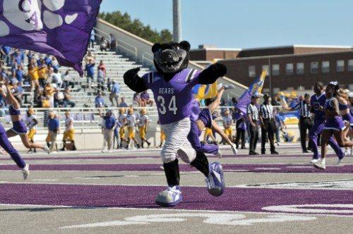 UCA Central Arkansas Bears Mascot Bruce D Bear