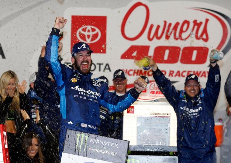 Richmond Raceway Truex Toyota Owners