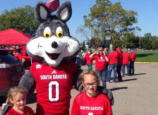 South Dakota Coyotes tailgate mascot