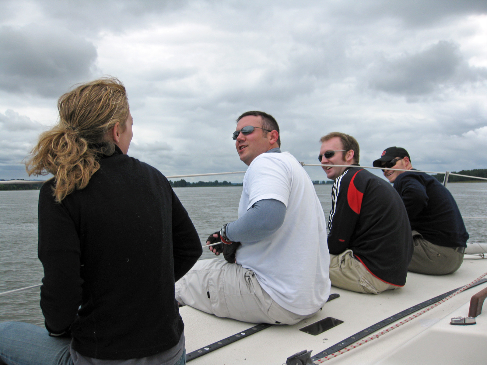 Team Raven had some new crew members who made it look easy.  You'd never know it was their first time sailing!