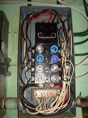 100 Amp Fuse Box | Fuse Box And Wiring Diagram