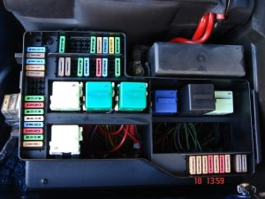 2007 Bmw 328I Fuse Box Location | Fuse Box And Wiring Diagram