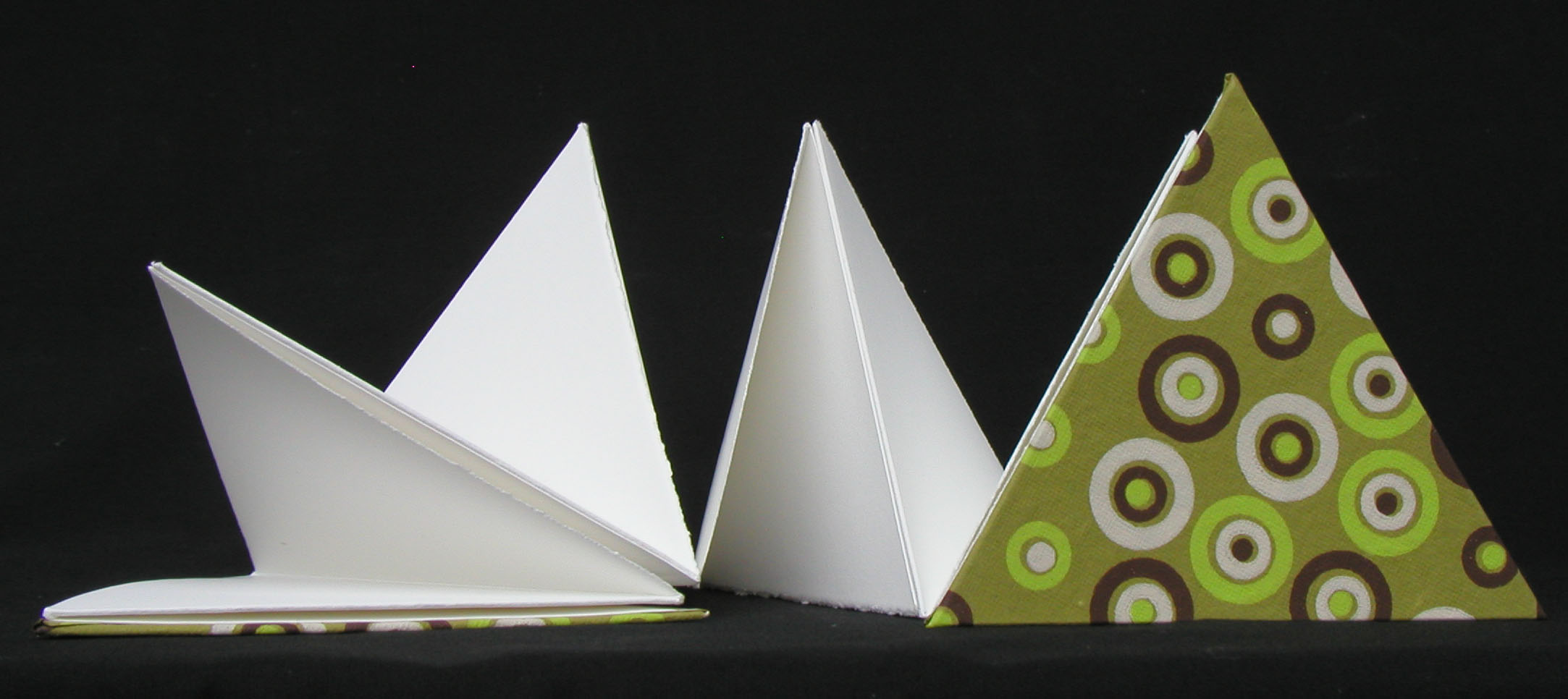 triangle accordian 2
