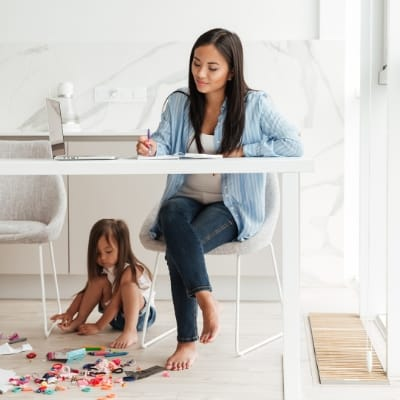 How to teach kids to work independently