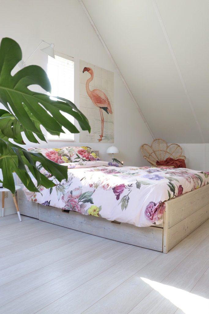Overzicht slaapkamer met het nieuwe dekbedovertrek van Cinderella.