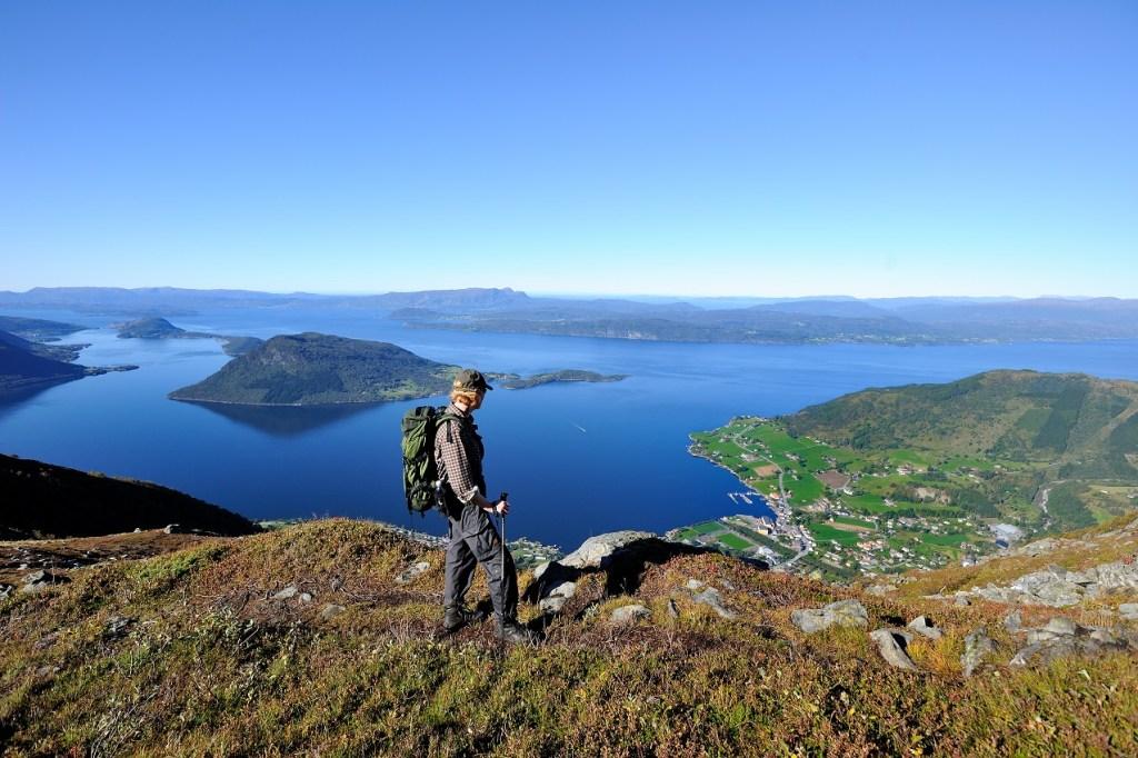 Mann på fjell Rosendal