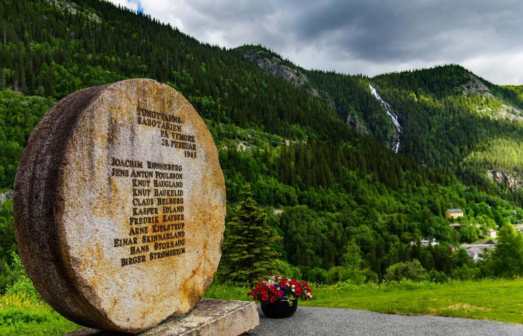Minnestein på Rjukan tungtvann krigen
