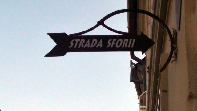 Strada Sfori
