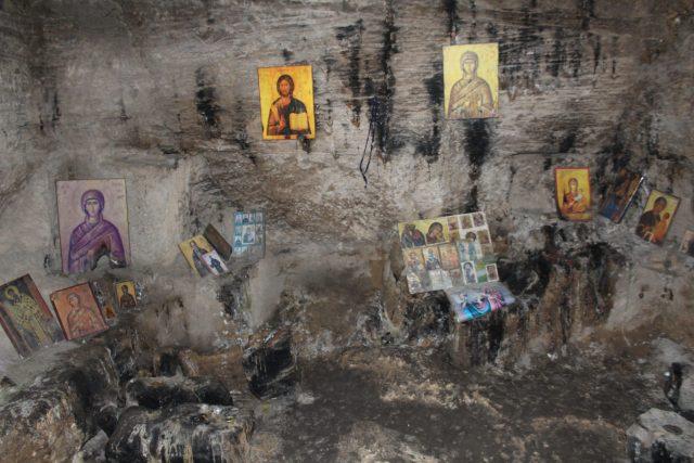 Soba za molitvu - Katakomba Svetog Solomona / A place where christians pray, Agia Solomoni Catacomb