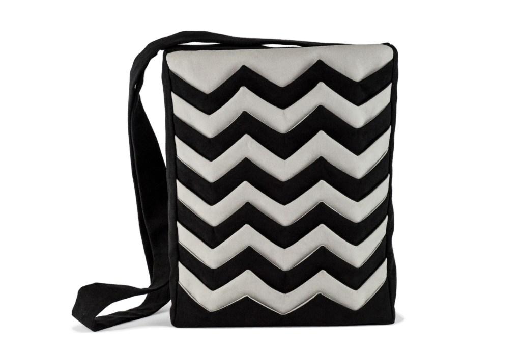 Stil-Stengel Textilkunst Tasche ZIGZAG, schwarz weiß