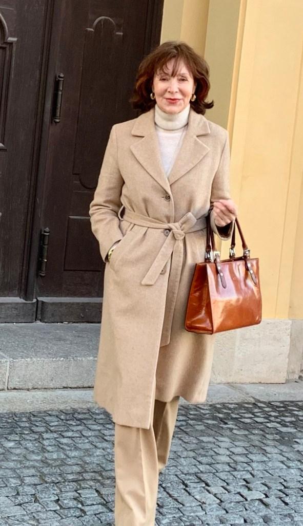 camel coat mit beige