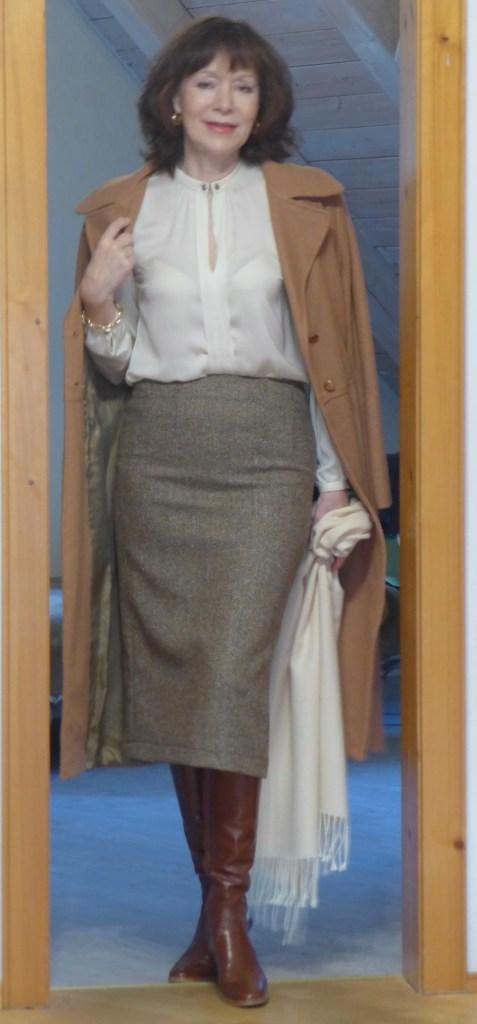 Kamelhaarmantel mit braun und beige