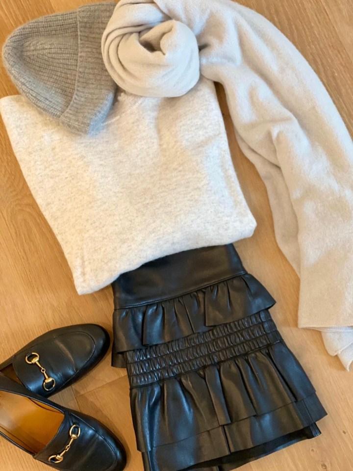 Farbbertatung Wintertyp schwarz-weiß-grau