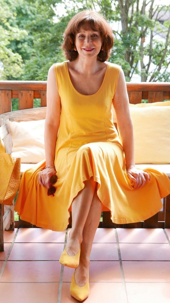5 Beispiele, wie man die Farbe Gelb kombiniert