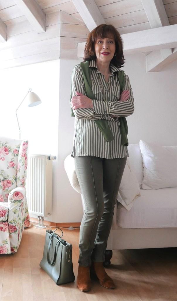klassische bluse mit grün