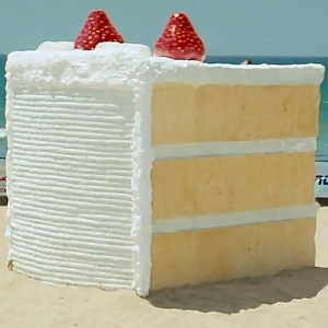 Cake-By-The-Ocean1