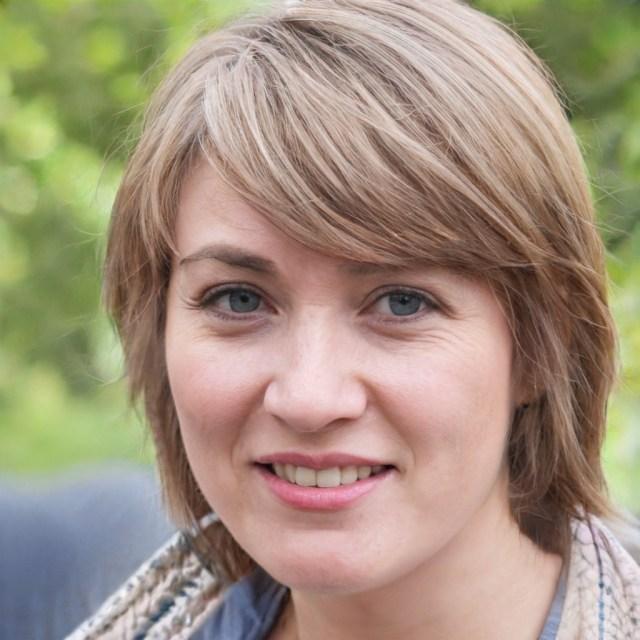 Julia Schoen