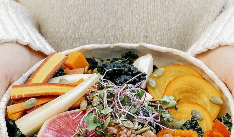 Upgrade uw herfstgraankom met dit snel ingelegde vegetarische recept  Een recept voor jammie. Het bericht Upgrade je herfstgraankom met dit snelle gepekelde vegetarische recept verscheen eerst op Camille Styles .