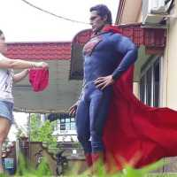 Genius And Hilarious Pictures With Superheroes