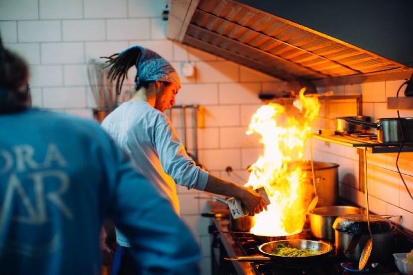 chef restaurant esno
