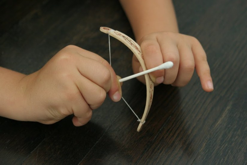 Craft sticks for Boys: mini bow