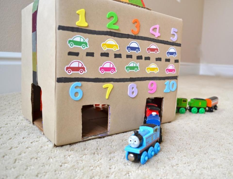 Crafts for Boys: cardboard tunnel