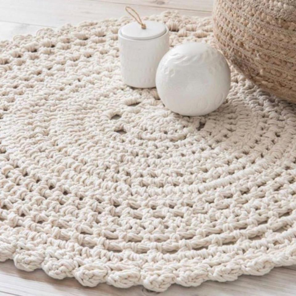 Ecru Color Crochet Rug