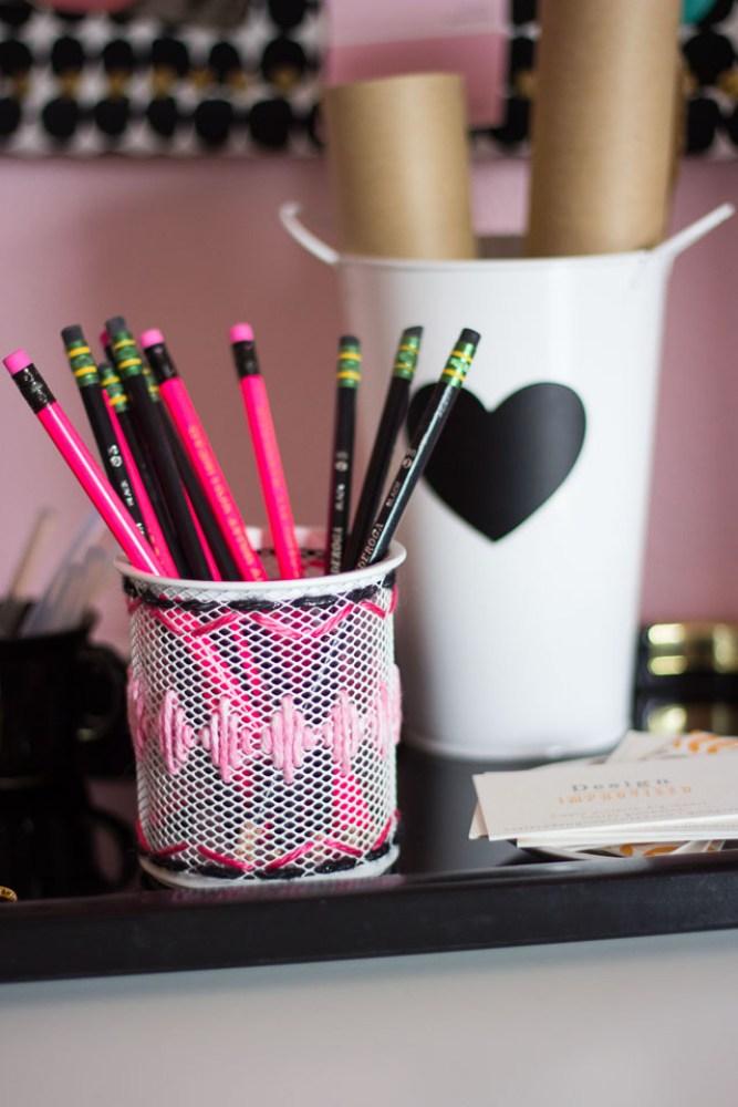 Yarn Crafts Desk Accessories