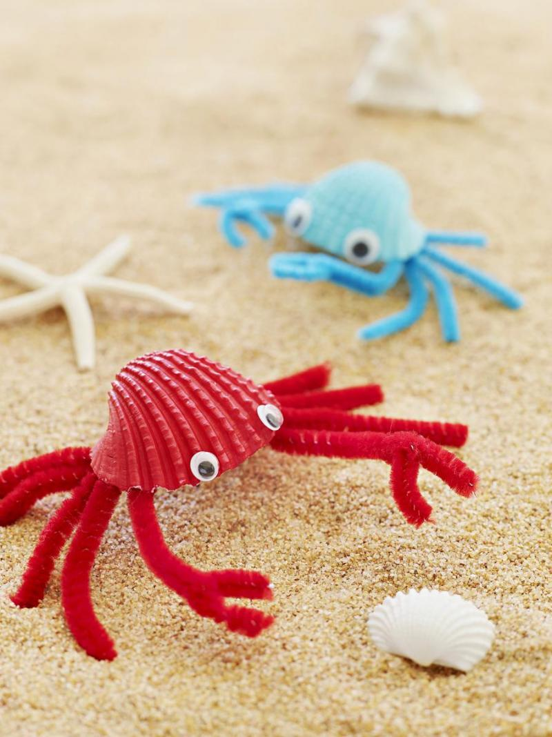 easy crafts made with pipe cleaners