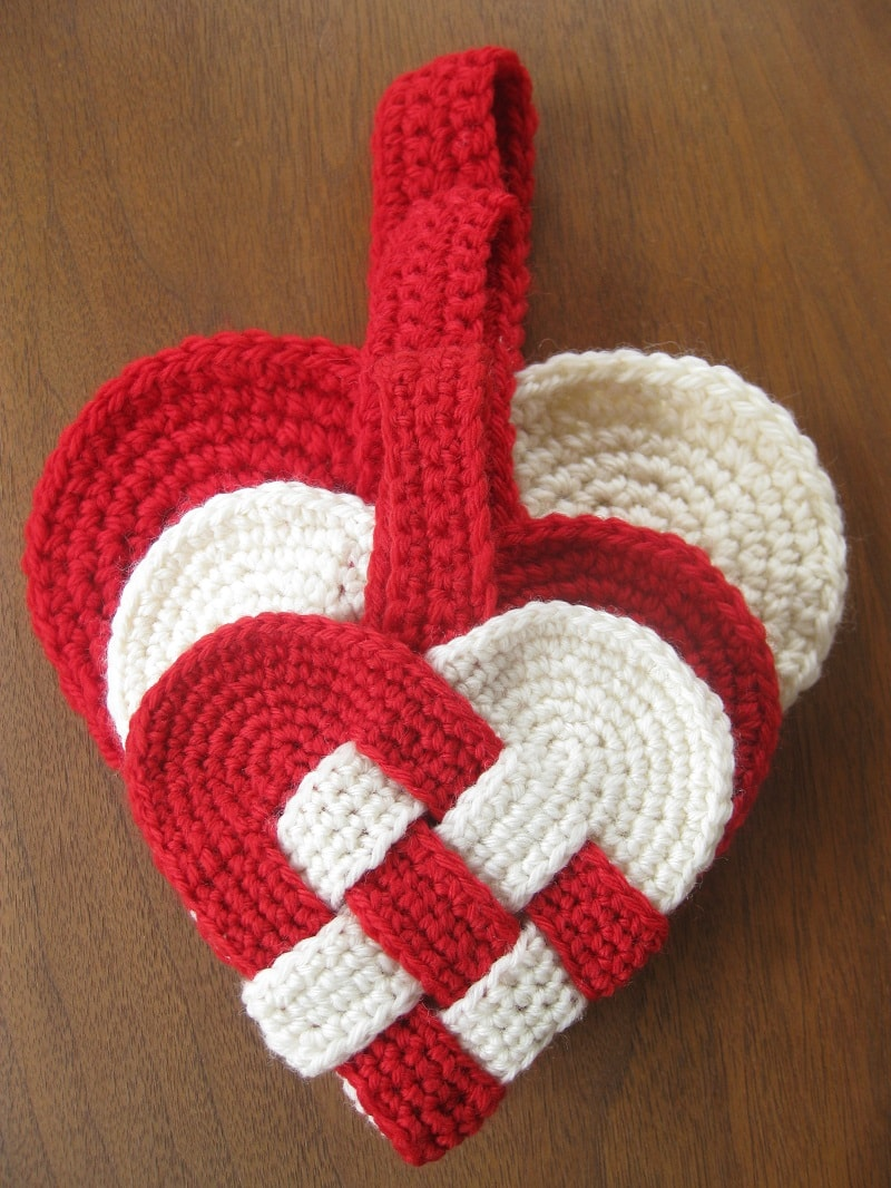 crochet heart pattern b hooked