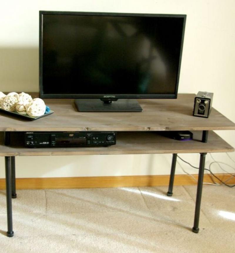 diy tv stand 2x4