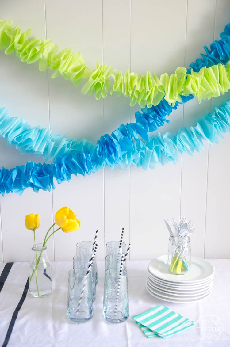 how to cut a paper garland