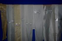 Pilihan dasar kain untuk membuat batik.