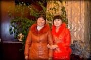 Auntie and Xiaopei