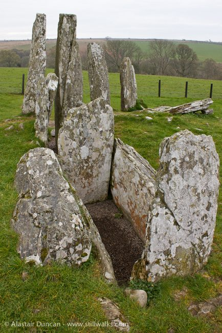 Cairn holy chambered tomb