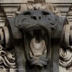 Columnar lion